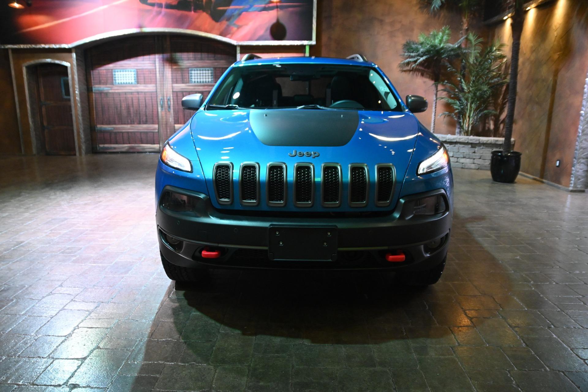 2018 Jeep Cherokee, used, $34,600 | VIN 1C4PJMBXXJD549079 ...