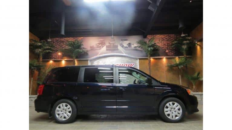 Used 2011 Dodge Grand Caravan Low KMs!!  Stow n Go w/ Rear AC & Heat! for sale $11,800 at Auto Show Sales and Finance in Winnipeg MB R3Y 1G5 2