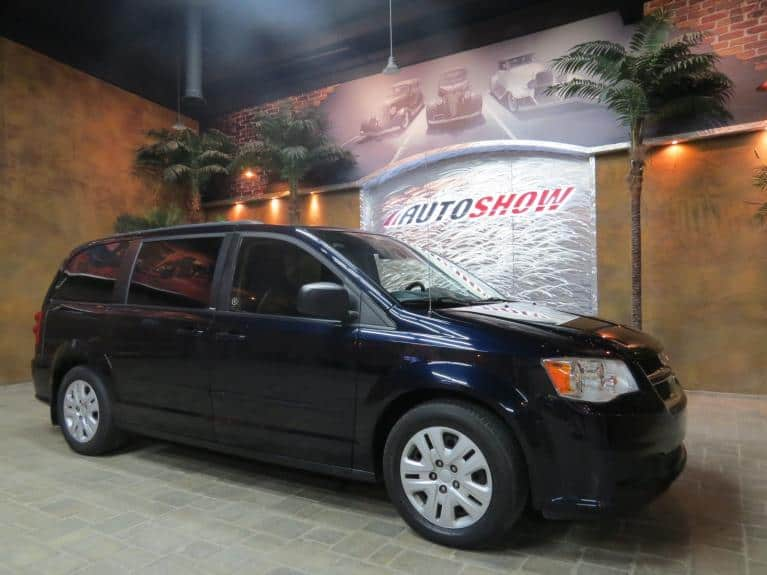 Used 2011 Dodge Grand Caravan Low KMs!!  Stow n Go w/ Rear AC & Heat! for sale $11,800 at Auto Show Sales and Finance in Winnipeg MB