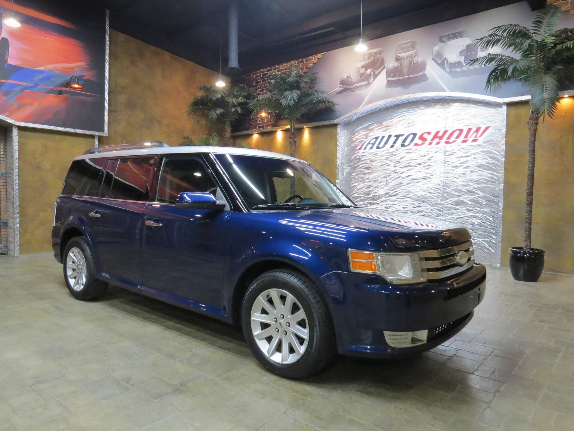 Used 2012 Ford Flex 4WD - PANO ROOF, HTD LTHR, R.START! for sale $15,800 at Auto Show Sales and Finance in Winnipeg MB R3Y 1G5 1