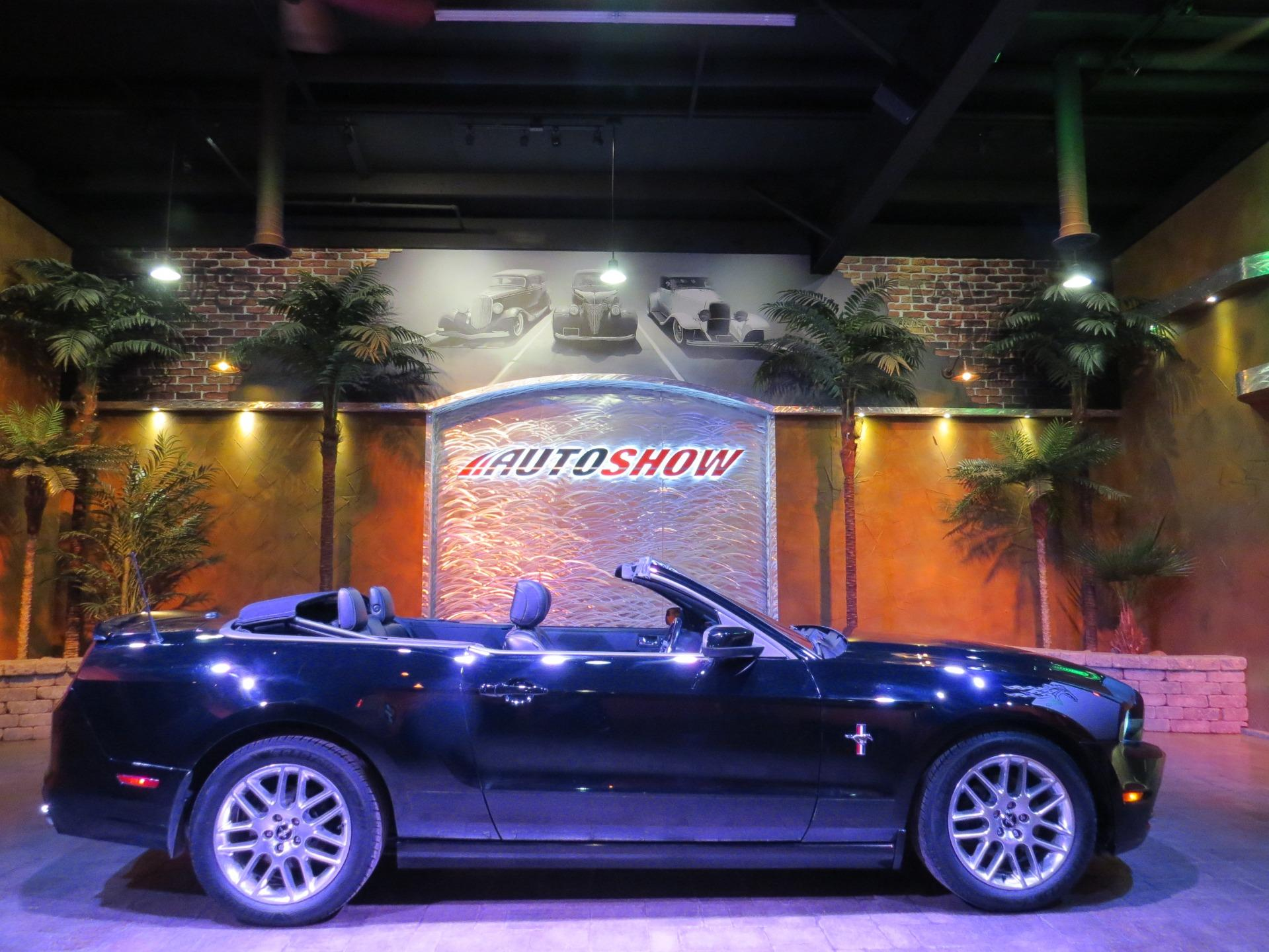 Used 2014 Ford Mustang Premium Pkg Convertible - Htd Lthr, B.Tooth, Shkr! for sale $20,600 at Auto Show Sales and Finance in Winnipeg MB R3Y 1G5 1