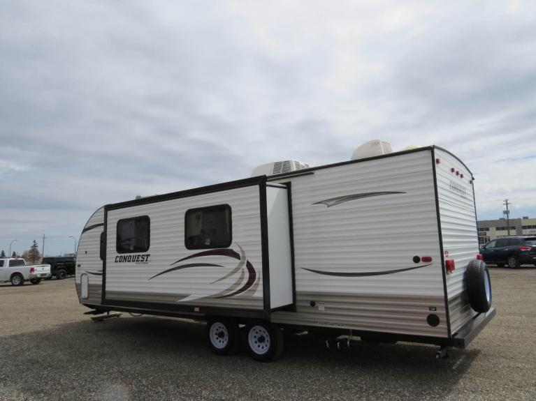 Used 2014 GULF STREAM CONQUEST LE 259BH Sleeps 10! Large Slide-Out & 1/2 Ton Towable!! for sale $18,600 at Auto Show Sales and Finance in Winnipeg MB R3Y 1G5 2