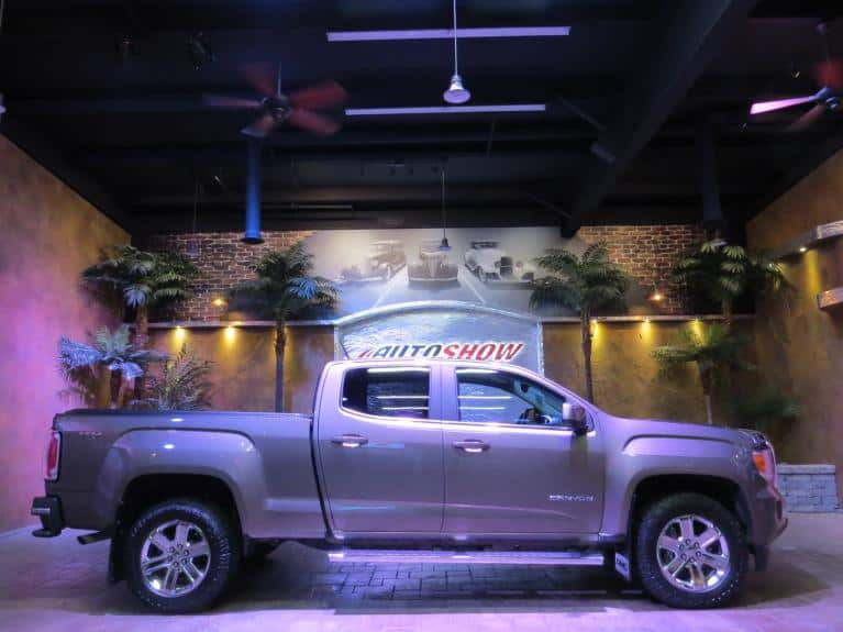 Used 2016 GMC Canyon SLE 4WD - R.Start, Rev. Cam, B.Tooth, Low K!!! for sale $33,600 at Auto Show Sales and Finance in Winnipeg MB R3Y 1G5 1