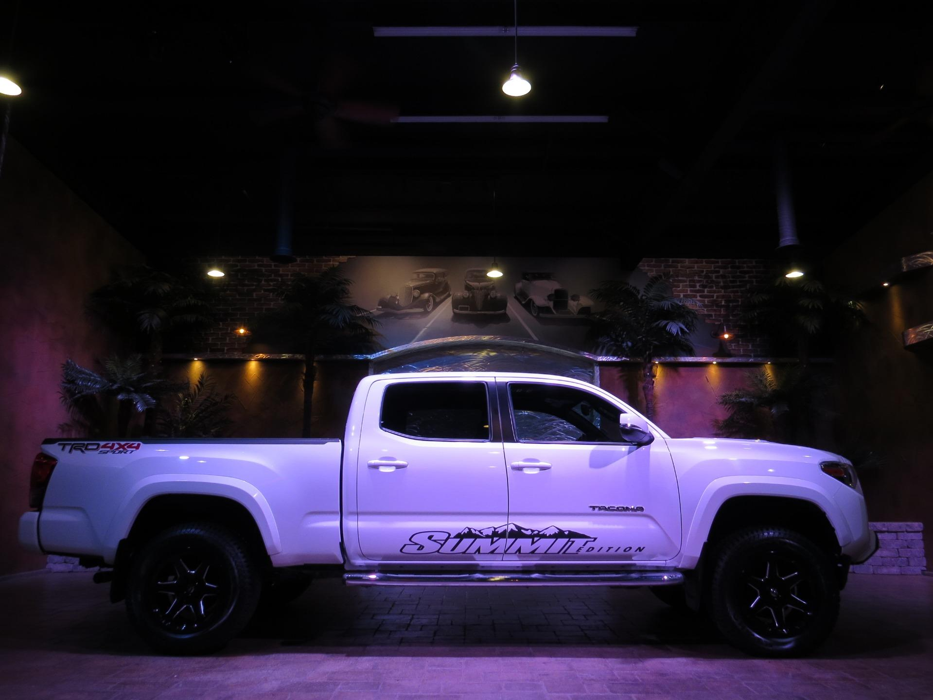 Used 2016 Toyota Tacoma ** MEGA SHARP LIFTED TRD SPORT!!! LOADED!! ** for sale $38,600 at Auto Show Sales and Finance in Winnipeg MB R3Y 1G5 1
