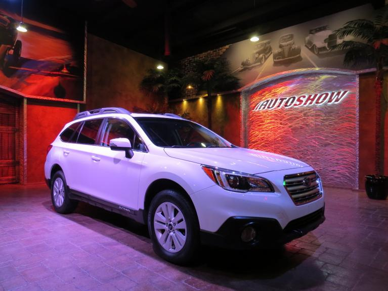 Used 2016 Subaru Outback 2.5i Touring - Htd. Seats, S.Roof, Rev. Cam!! for sale $22,975 at Auto Show Sales and Finance in Winnipeg MB R3Y 1G5 2