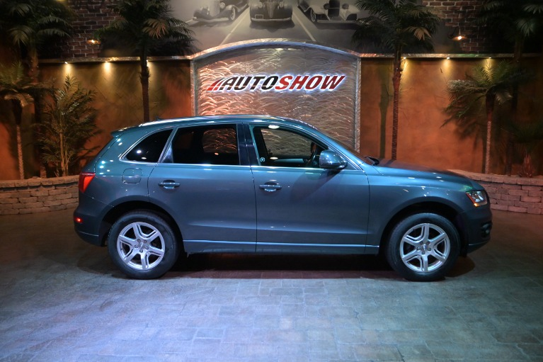 Used 2011 Audi Q5 2.0 Quattro Premium- Low Kms- Heated Seats for sale $19,800 at Auto Show Sales and Finance in Winnipeg MB