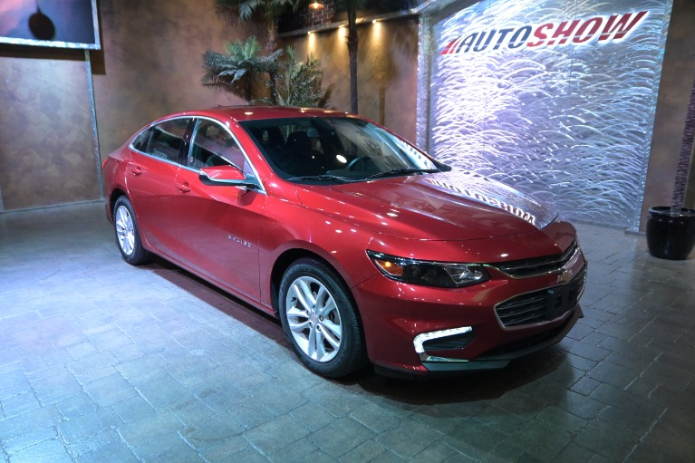 Used 2018 Chevrolet Malibu LT**Turbo- Low Kms- Pwr Seat! for sale $19,800 at Auto Show Sales and Finance in Winnipeg MB R3Y 1G5 2