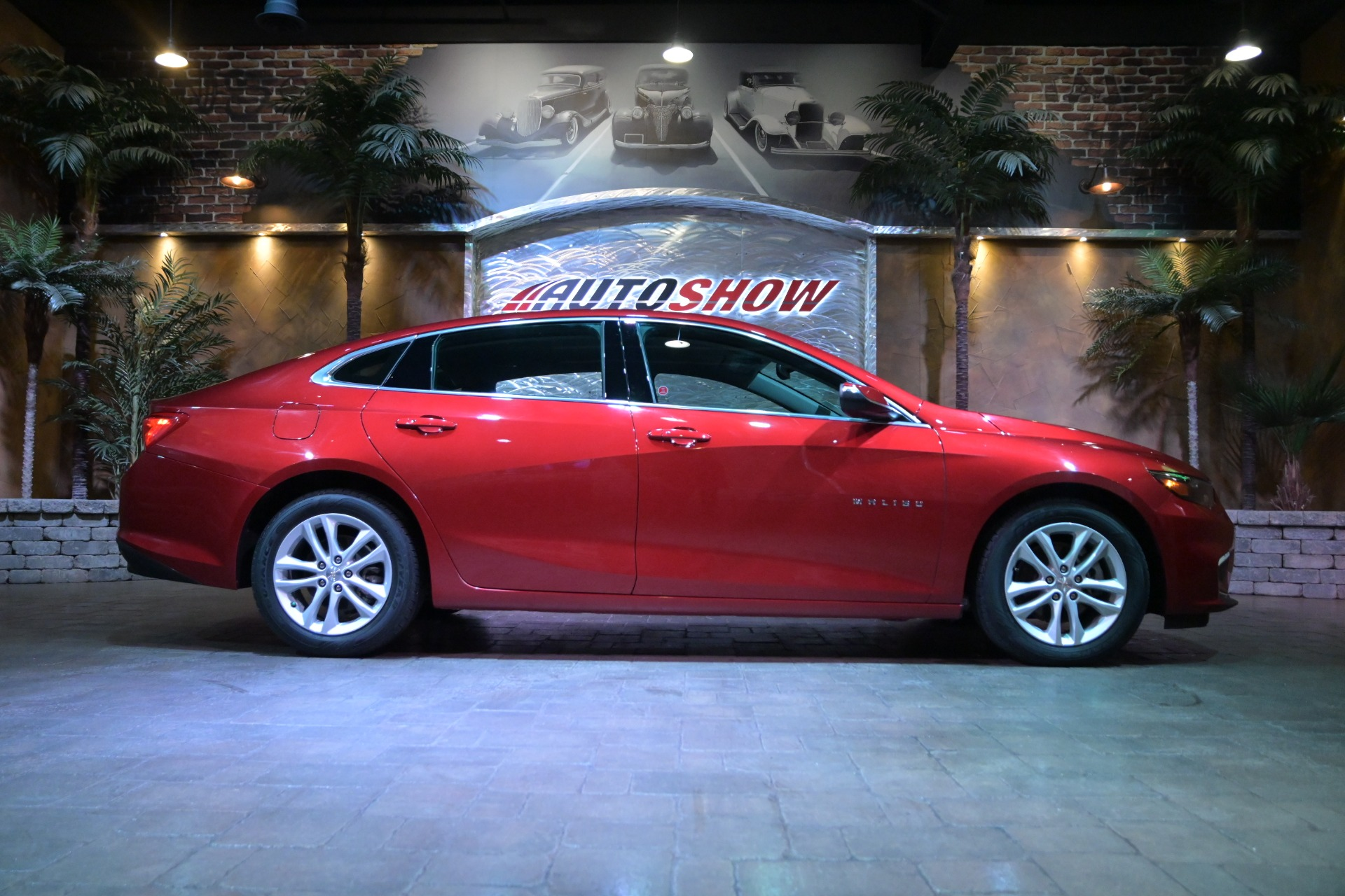 Used 2018 Chevrolet Malibu LT**Turbo- Low Kms- Pwr Seat! for sale $20,600 at Auto Show Sales and Finance in Winnipeg MB R3Y 1G5 1
