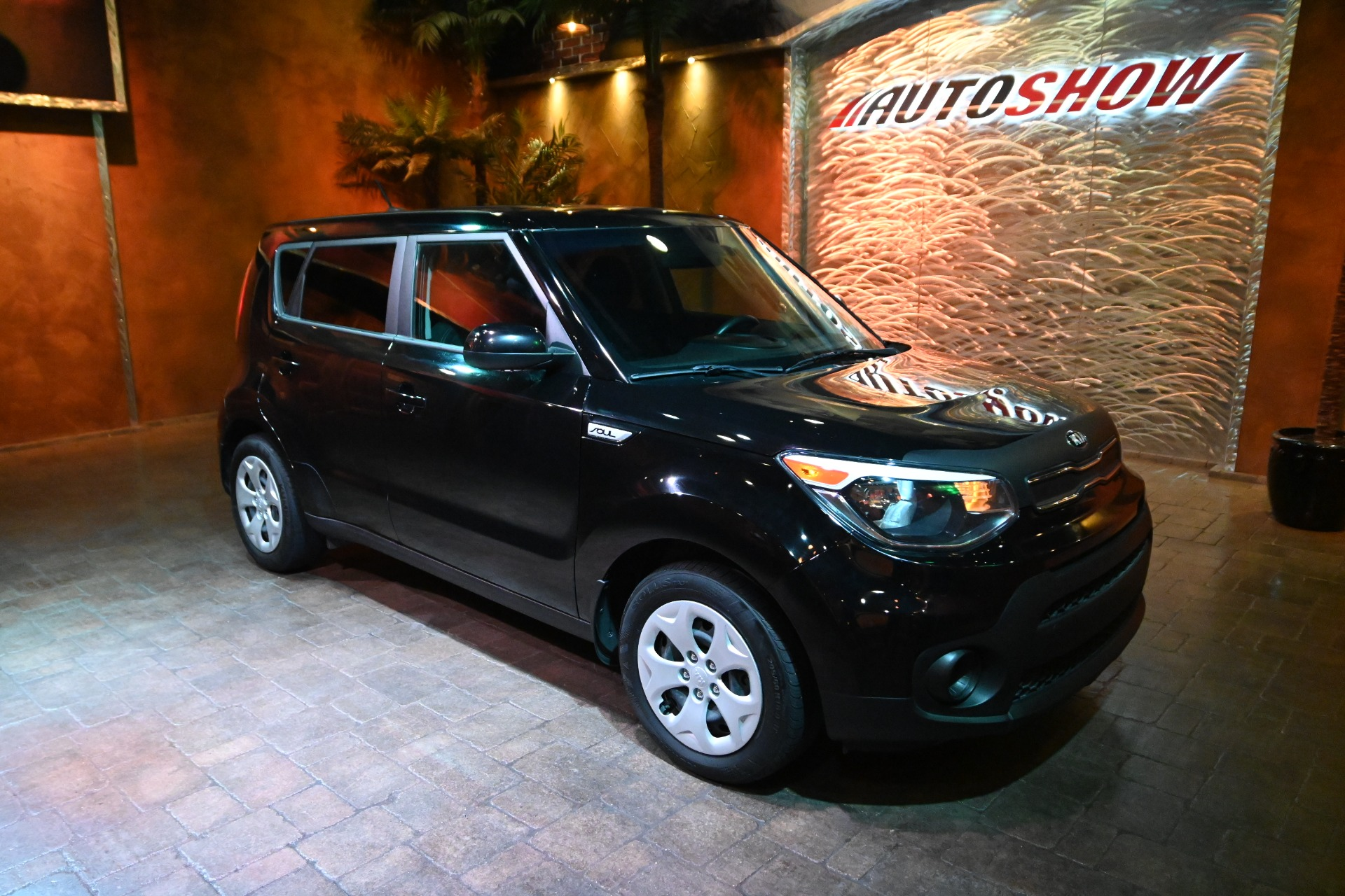 Used 2019 Kia Soul Rev Cam, B.Tooth, Kia Warranty!! for sale $18,900 at Auto Show Sales and Finance in Winnipeg MB R3Y 1G5 1