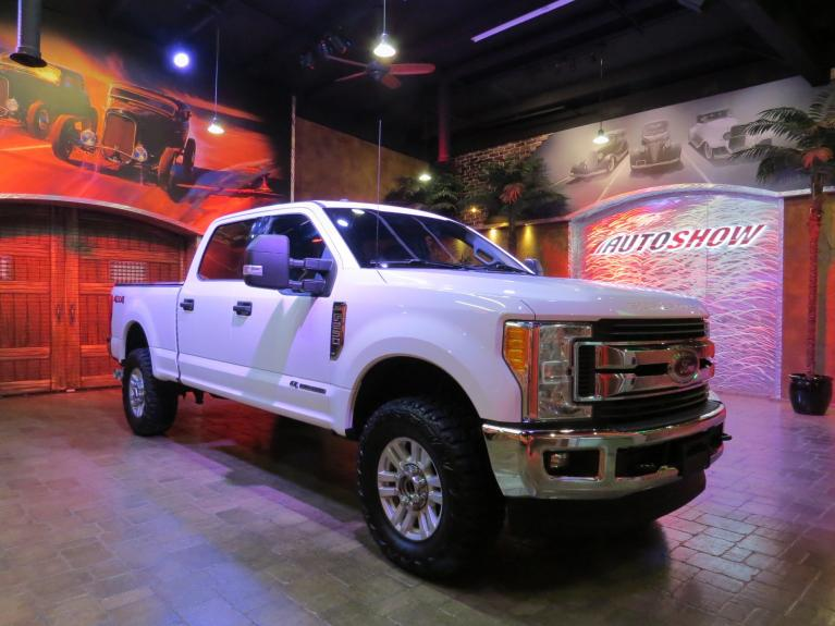 Used 2017 Ford F-250 Super Duty XLT 4x4 Powerstroke Diesel - Must See!! for sale $53,800 at Auto Show Sales and Finance in Winnipeg MB R3Y 1G5 2