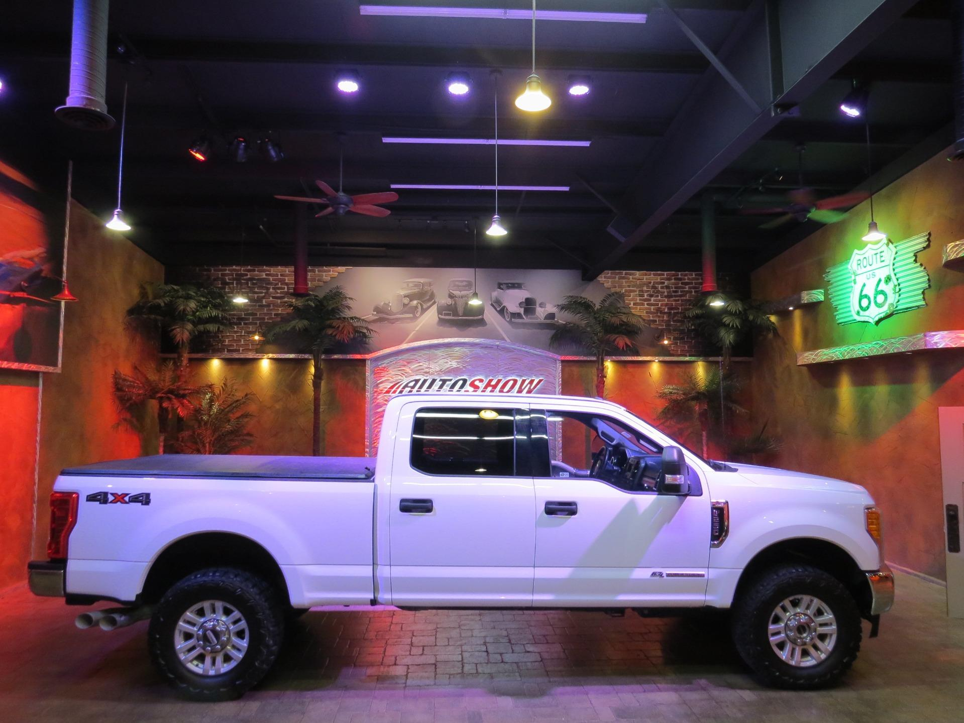 Used 2017 Ford F-250 Super Duty XLT 4x4 Powerstroke Diesel - Must See!! for sale $53,800 at Auto Show Sales and Finance in Winnipeg MB R3Y 1G5 1