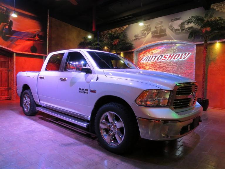 Used 2014 Ram 1500 SLT Big Horn - B.Up Cam, Big Screen, Tow Pkg!! for sale $27,580 at Auto Show Sales and Finance in Winnipeg MB R3Y 1G5 2