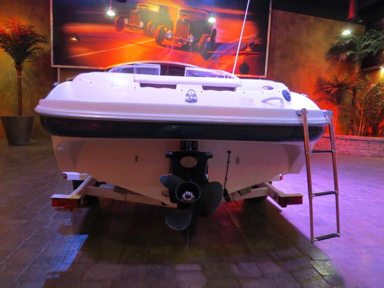 Used 2001 Bayliner Caprix 1950 **20TH Anniversary Edition** for sale $12,800 at Auto Show Sales and Finance in Winnipeg MB R3Y 1G5 2
