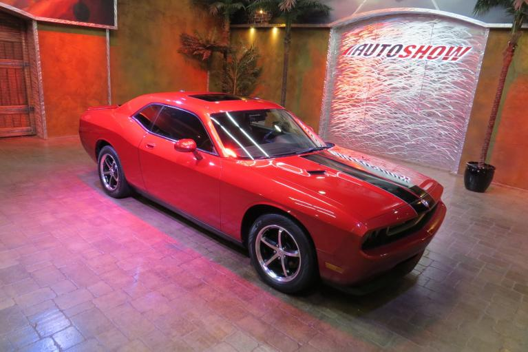 Used 2010 Dodge Challenger SE - Low K, S.Roof, Htd Lthr, R.Start!! for sale $14,800 at Auto Show Sales and Finance in Winnipeg MB
