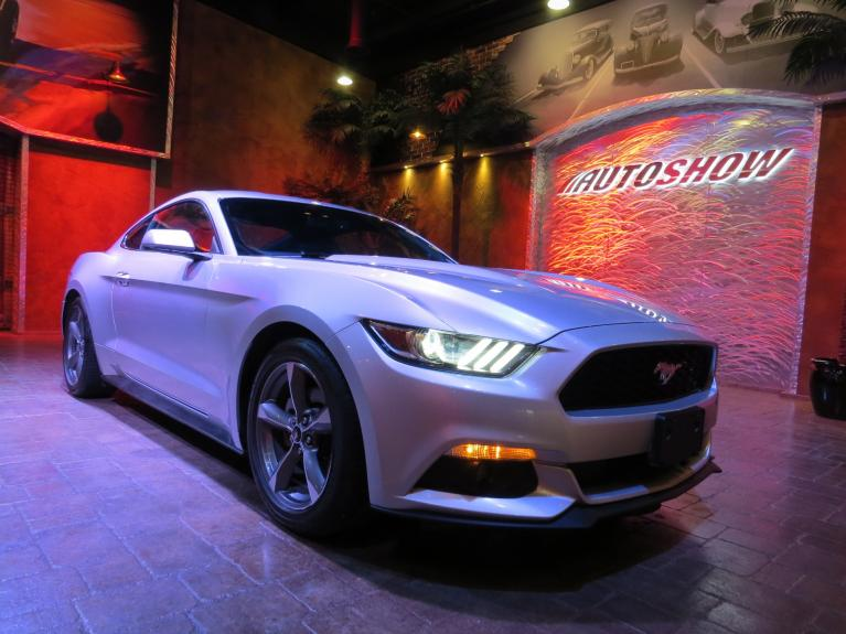 Used 2017 Ford Mustang V6 - Low K Trade!  Like NEW!! for sale $22,800 at Auto Show Sales and Finance in Winnipeg MB R3Y 1G5 2
