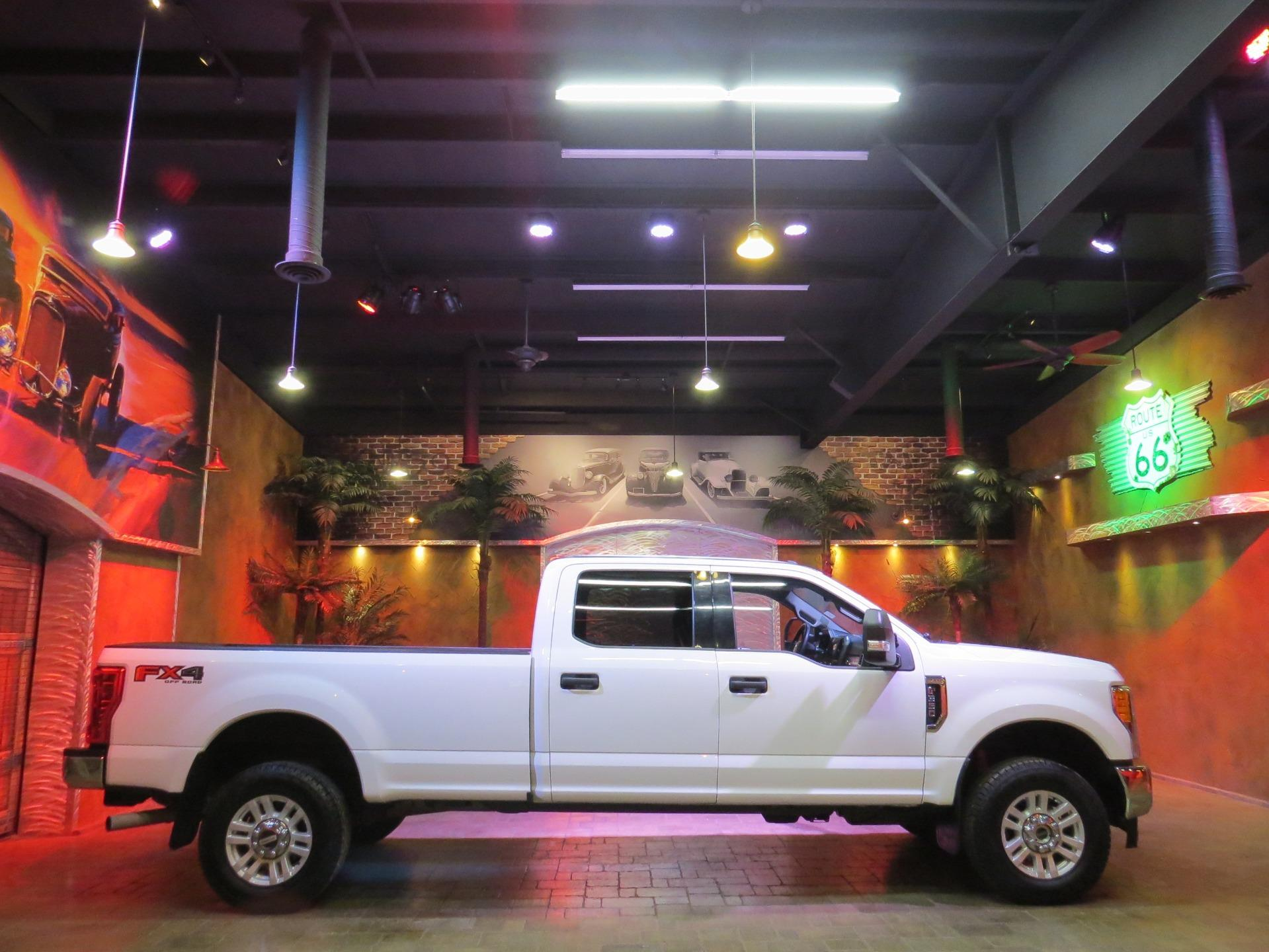 Used 2017 Ford F-350 Super Duty FX 4 HEAVY DUTY F 350 AS NEW!! for sale $43,600 at Auto Show Sales and Finance in Winnipeg MB R3Y 1G5 1