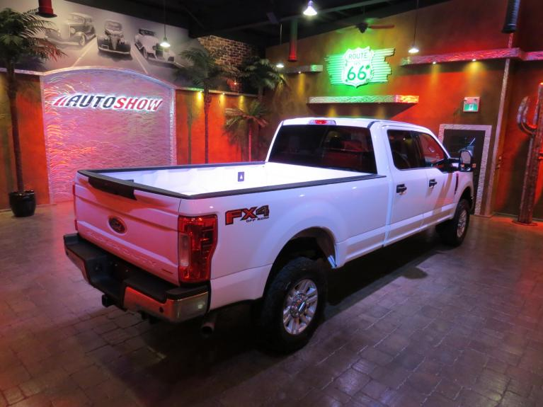 Used 2017 Ford F-350 Super Duty 4WD - 8 Long Box!  Like New!! for sale Sold at Auto Show Sales and Finance in Winnipeg MB R3Y 1G5 1