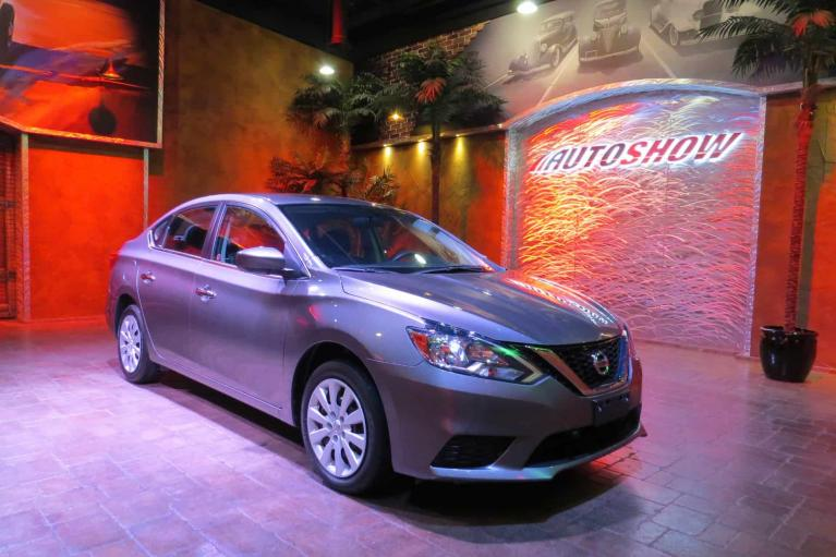 Used 2018 Nissan Sentra B.Up Cam, Perfect History, Nissan Warranty! for sale $15,900 at Auto Show Sales and Finance in Winnipeg MB R3Y 1G5 1
