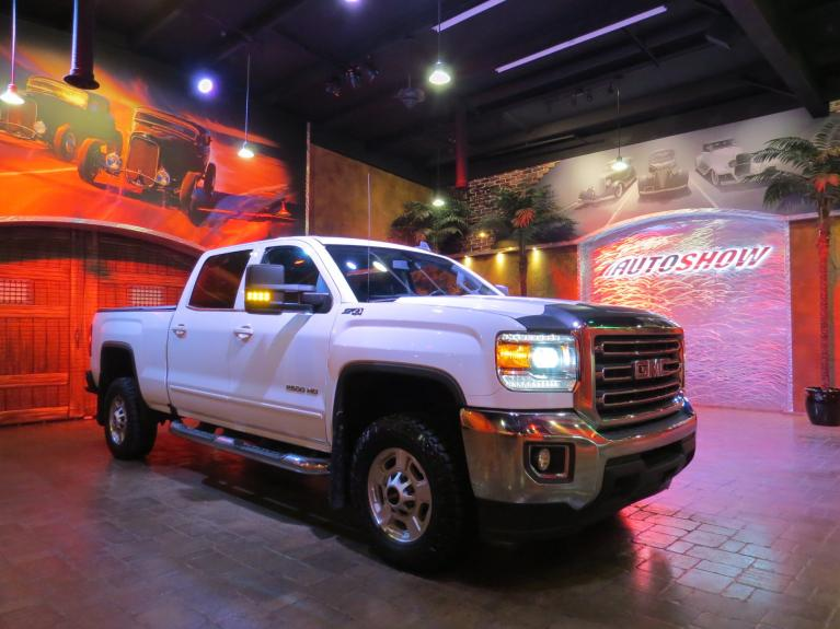 Used 2017 GMC Sierra 2500HD Z71 SLE - Big Crew!  Htd Seats & B.Up Cam!! for sale $39,800 at Auto Show Sales and Finance in Winnipeg MB