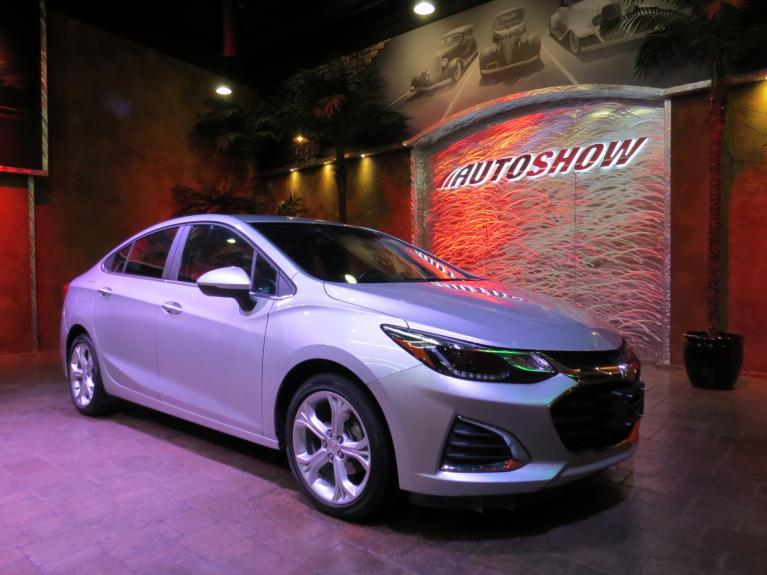Used 2019 Chevrolet Cruze Premier - R.Start, Htd Wheel & Lthr! for sale Call for price at Auto Show Sales and Finance in Winnipeg MB