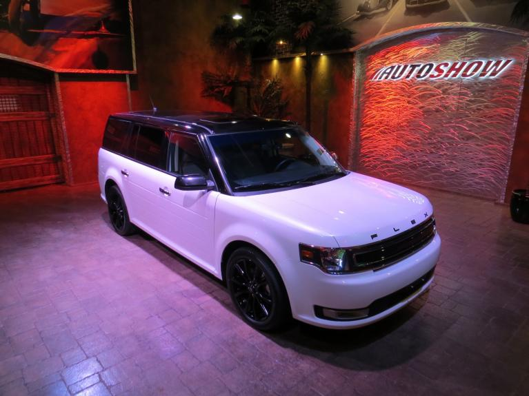 Used 2019 Ford Flex SEL AWD - Nav, Htd Lthr & Pano Roof!! for sale $31,997 at Auto Show Sales and Finance in Winnipeg MB