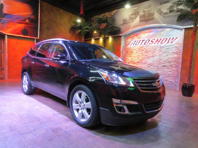 Used 2017 Chevrolet Traverse LT AWD - Pano Roof, Htd Seats, 7 Pass. for sale $27,800 at Auto Show Sales and Finance in Winnipeg MB R3Y 1G5 2