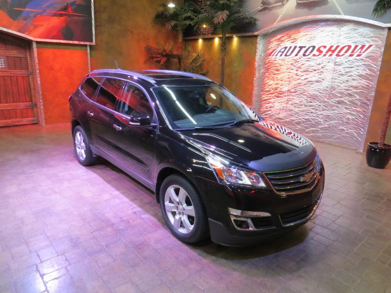Used 2017 Chevrolet Traverse LT AWD - Pano Roof, Htd Seats, 7 Pass. for sale $27,800 at Auto Show Sales and Finance in Winnipeg MB R3Y 1G5 1