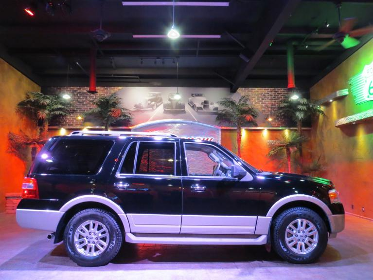 Used 2009 Ford Expedition Eddie Bauer 4WD - 8 Pass, Tow Pkg, Lthr, R.Start!! for sale $14,675 at Auto Show Sales and Finance in Winnipeg MB