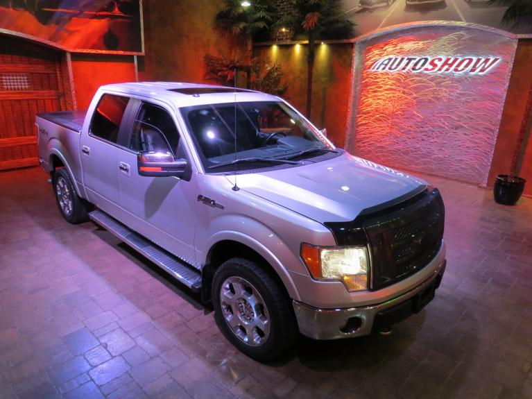 Used 2012 Ford F-150 Lariat 5.0L Crew - S.Roof!  Must See!! for sale $19,800 at Auto Show Sales and Finance in Winnipeg MB