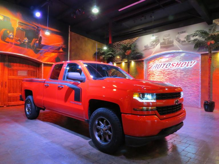 Used 2018 Chevrolet Silverado 1500 Custom 4x4!  Lifted / Upgraded!! for sale $33,575 at Auto Show Sales and Finance in Winnipeg MB