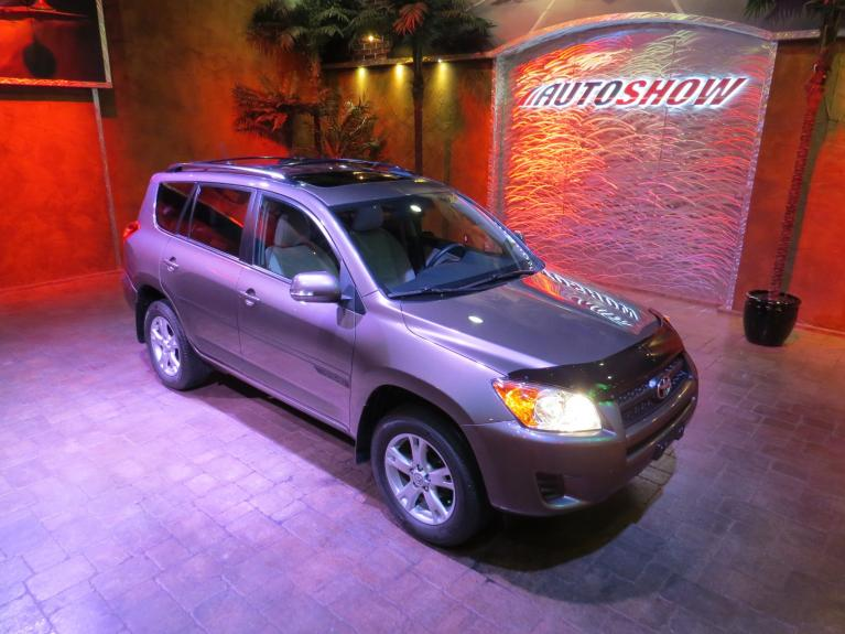 Used 2011 Toyota RAV4 4WD w/ Sunroof and Low K!! for sale $16,800 at Auto Show Sales and Finance in Winnipeg MB