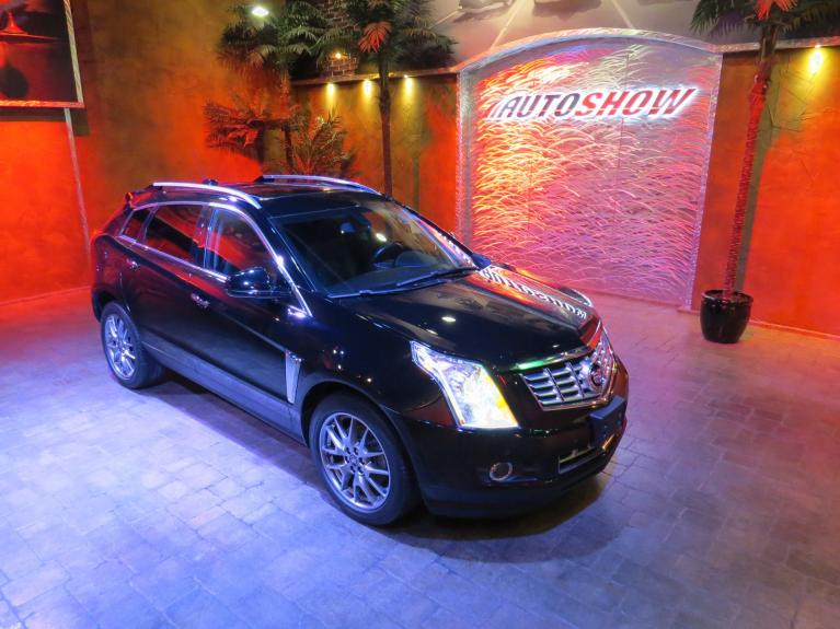 Used 2015 Cadillac SRX Performance Ed. AWD - Pano Roof, Bose, Nav! for sale $27,600 at Auto Show Sales and Finance in Winnipeg MB R3Y 1G5 2