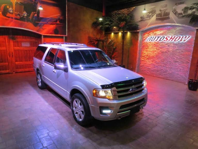 Used 2016 Ford Expedition Max Platinum - DVD, Nav, S.Roof!! for sale $39,800 at Auto Show Sales and Finance in Winnipeg MB