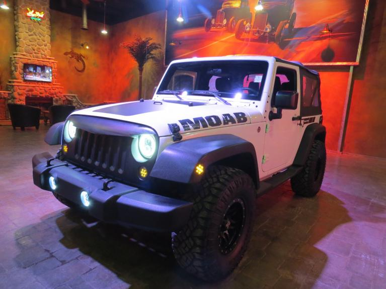Used 2015 Jeep Wrangler ** CUSTOM MOAB WRANGLER!!! ** for sale $22,600 at Auto Show Sales and Finance in Winnipeg MB R3Y 1G5 2
