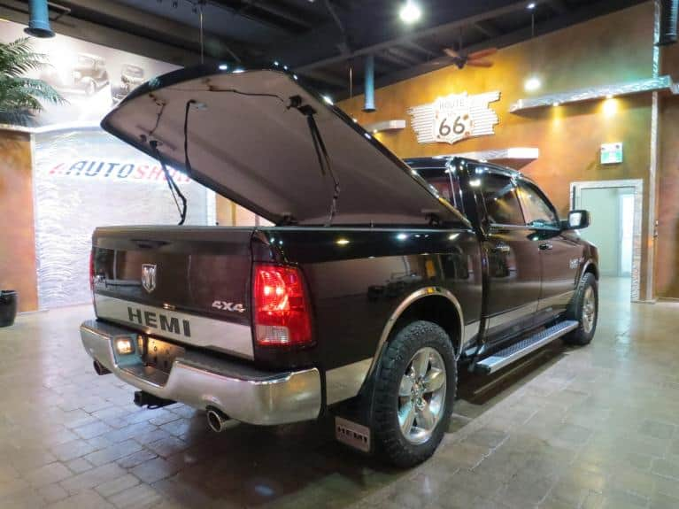 Used 2013 Ram 1500 ** ACCESSORIZED AND LOADED  BIG HORN!! ** for sale $25,800 at Auto Show Sales and Finance in Winnipeg MB