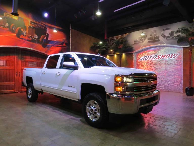 Used 2018 Chevrolet Silverado 2500HD LT 4x4 - Gorgeous HD!  Like New!! for sale $42,800 at Auto Show Sales and Finance in Winnipeg MB