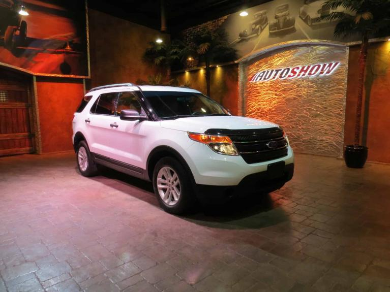 Used 2015 Ford Explorer 4x4 - 7 Passenger w/ R.Air & Heat! for sale $19,995 at Auto Show Sales and Finance in Winnipeg MB