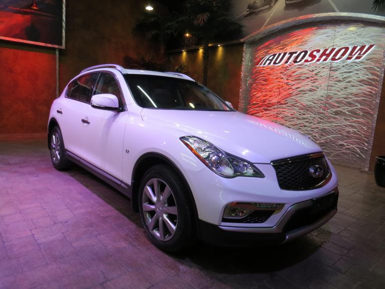 Used 2016 INFINITI QX50 ** DIAMOND WHITE!! IMMAC!! LOADED!! ** for sale $23,666 at Auto Show Sales and Finance in Winnipeg MB R3Y 1G5 2