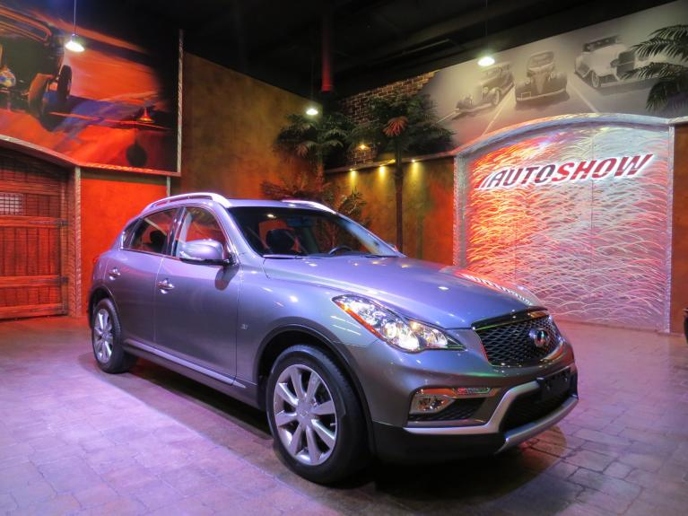 Used 2016 INFINITI QX50 AWD - S.Roof, B.Up Cam, Htd Lthr!! for sale $23,688 at Auto Show Sales and Finance in Winnipeg MB R3Y 1G5 2