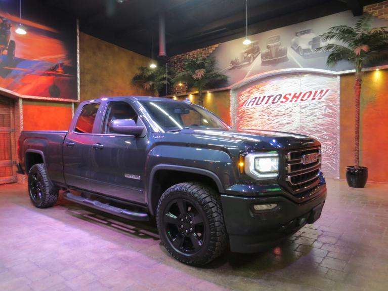 Used 2017 GMC Sierra 1500 Elevation 4WD - Upgraded & Accessorized!! for sale $33,600 at Auto Show Sales and Finance in Winnipeg MB R3Y 1G5 2
