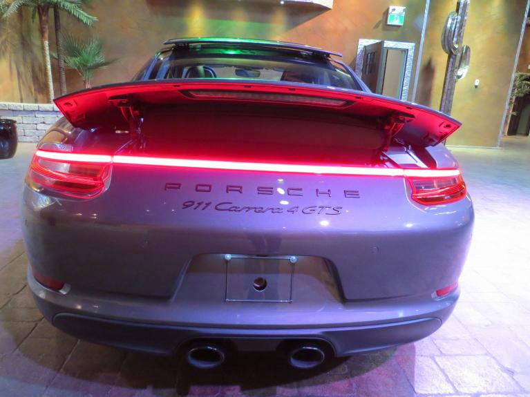 Used 2017 Porsche 911 ** 911 CARRERA 4 GTS !!! ** for sale Sold at Auto Show Sales and Finance in Winnipeg MB R3Y 1G5 2