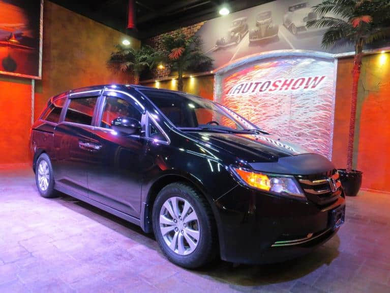 Used 2014 Honda Odyssey EX-L w/ Nav, S.Roof, Htd Lthr, 8 Pass! for sale $25,975 at Auto Show Sales and Finance in Winnipeg MB R3Y 1G5 2