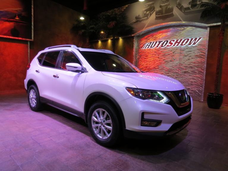 Used 2019 Nissan Rogue SV AWD - Pano Roof, Htd Seats, R.Start! for sale $26,875 at Auto Show Sales and Finance in Winnipeg MB R3Y 1G5 2