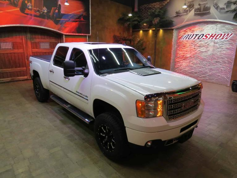 Used 2013 GMC Sierra 3500HD Denali Z71 Duramax! absolutely GORGEOUS!! for sale $39,800 at Auto Show Sales and Finance in Winnipeg MB R3Y 1G5 2