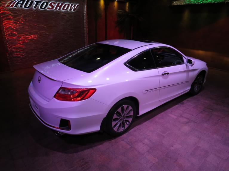 Used 2015 Honda Accord EX-L Coupe 6-Spd MT *S.Roof, Htd Lthr, Nav* for sale $19,995 at Auto Show Sales and Finance in Winnipeg MB R3Y 1G5 2