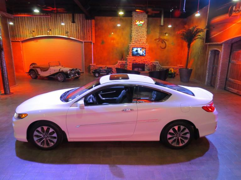 Used 2015 Honda Accord EX-L Coupe 6-Spd MT *S.Roof, Htd Lthr, Nav* for sale $19,995 at Auto Show Sales and Finance in Winnipeg MB R3Y 1G5 1