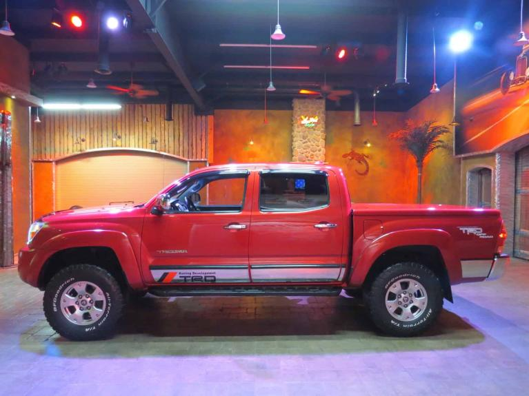 Used 2007 Toyota Tacoma SUPER LOW K AND GORGEOUS TACOMA!! for sale $22,600 at Auto Show Sales and Finance in Winnipeg MB R3Y 1G5 1