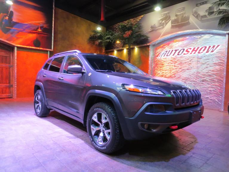 Used 2016 Jeep Cherokee Trailhawk - Nav, Htd Wheel & Lthr! for sale $26,800 at Auto Show Sales and Finance in Winnipeg MB R3Y 1G5 2