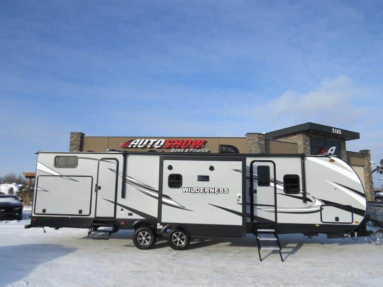New 2020 Wilderness 3250BS 3250BS Sleeps 9+!!, Outdoor Kitchen! for sale $41,600 at Auto Show Sales and Finance in Winnipeg MB