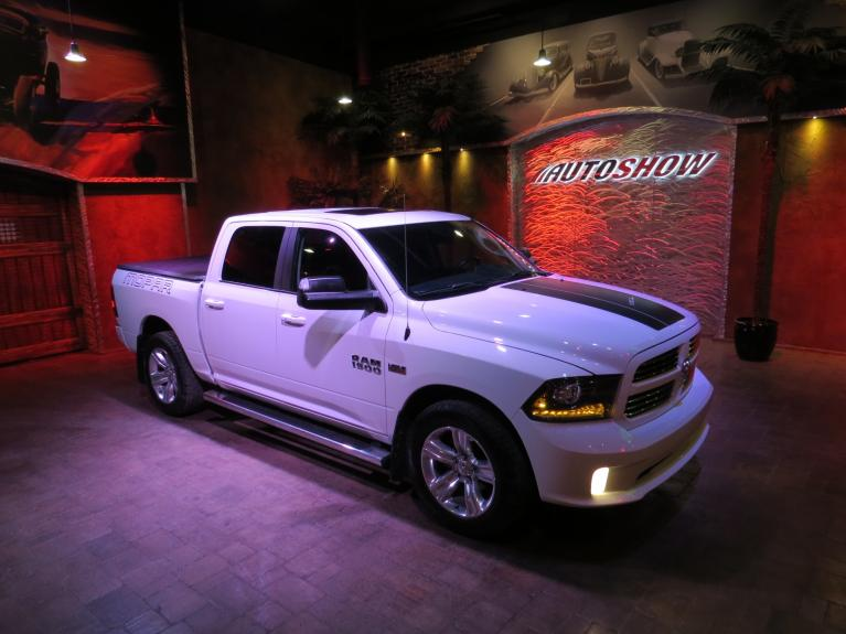 Used 2017 Ram 1500 ** LOADED MOPAR SPORT!! W/ s.roof, htd seats, wheel for sale $34,800 at Auto Show Sales and Finance in Winnipeg MB R3Y 1G5 2